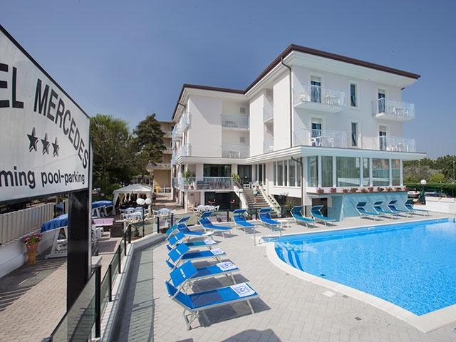 Hotel con piscina a misano adriatico hotel mercedes - Hotel misano adriatico con piscina ...
